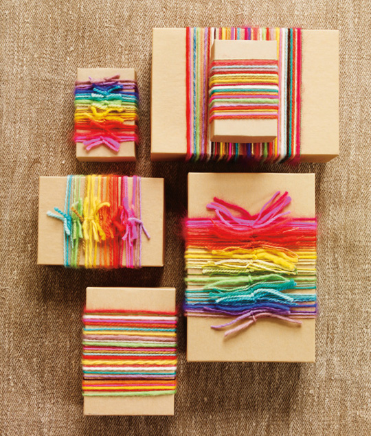 gift-wrapping-coloured-yarn