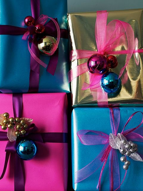 10-cool-christmas-gift-wrapping-ideas7